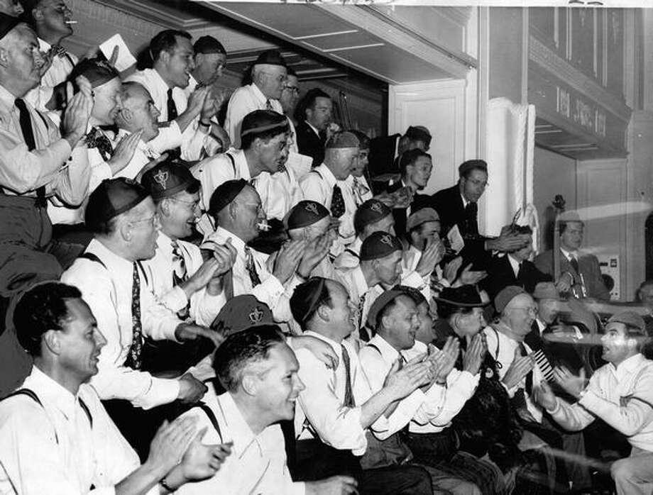 A pregame rally at the Washington Athletic Club, Sept. 1948. Photo: P-I File