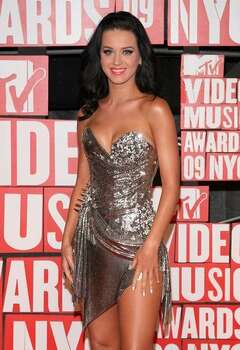 Katy Perry arrives at the 2009 MTV Video Music Awards at Radio City Music Hall on Sept. 13, 2009 in New York. Photo: Getty Images