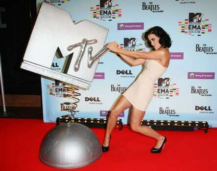 Katy Perry poses for a picture at the backstage boards during the 2009 MTV Europe Music Awards held at the O2 Arena on Nov. 5, 2009 in Berlin, Germany. Photo: Getty Images
