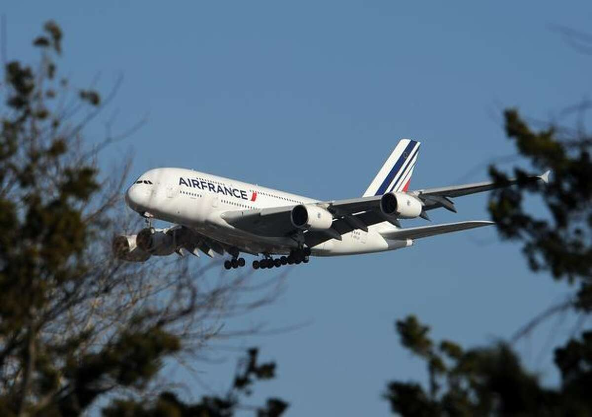 An Air France Airbus A380 plane makes it approach to John F. Kennedy International Airport Nov. 20, 2009 in New York for the first A380 Superjumbo flight on the Paris-Charles de Gaulle to New York-JFK route. Daily flights are scheduled to start on Nov. 23, 2009.