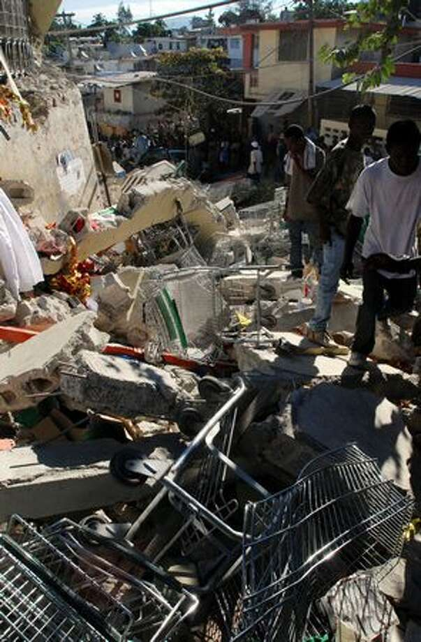 Debris litters a street in Port-au-Prince, Haiti. Photo: Getty Images