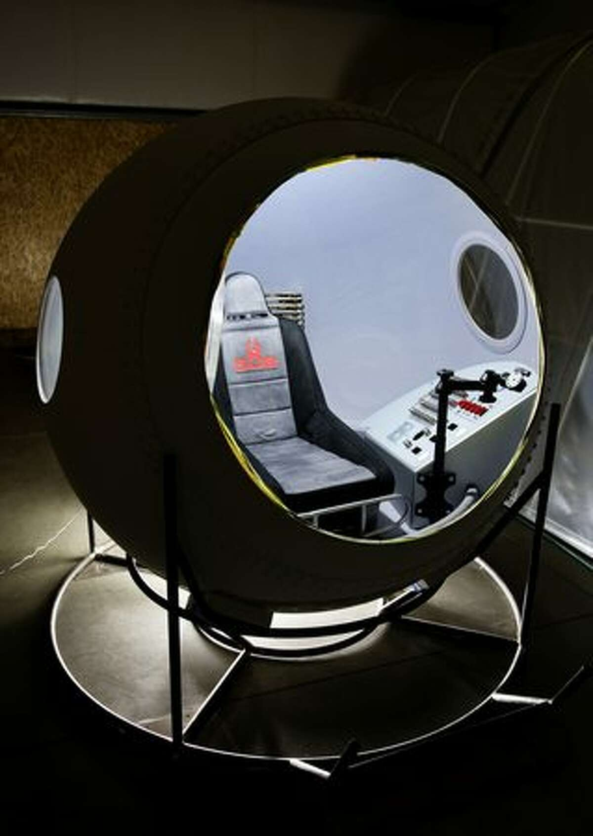 Capsule. (Garth Milan/Red Bull Stratos)