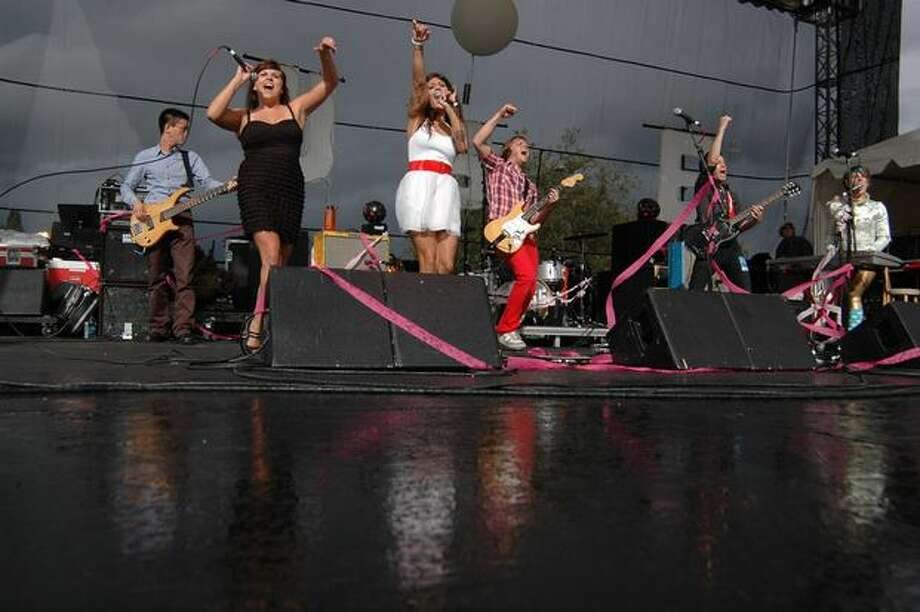 U.S.E. performs on a soggy Broad Street Stage. Photo: Daniel Berman, Seattlepi.com