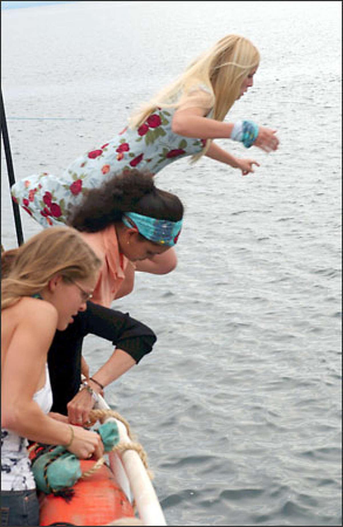 Christa Hastie, Sandra Diaz-Twine and Michelle Tesauro jump ship rather than walk the plank.