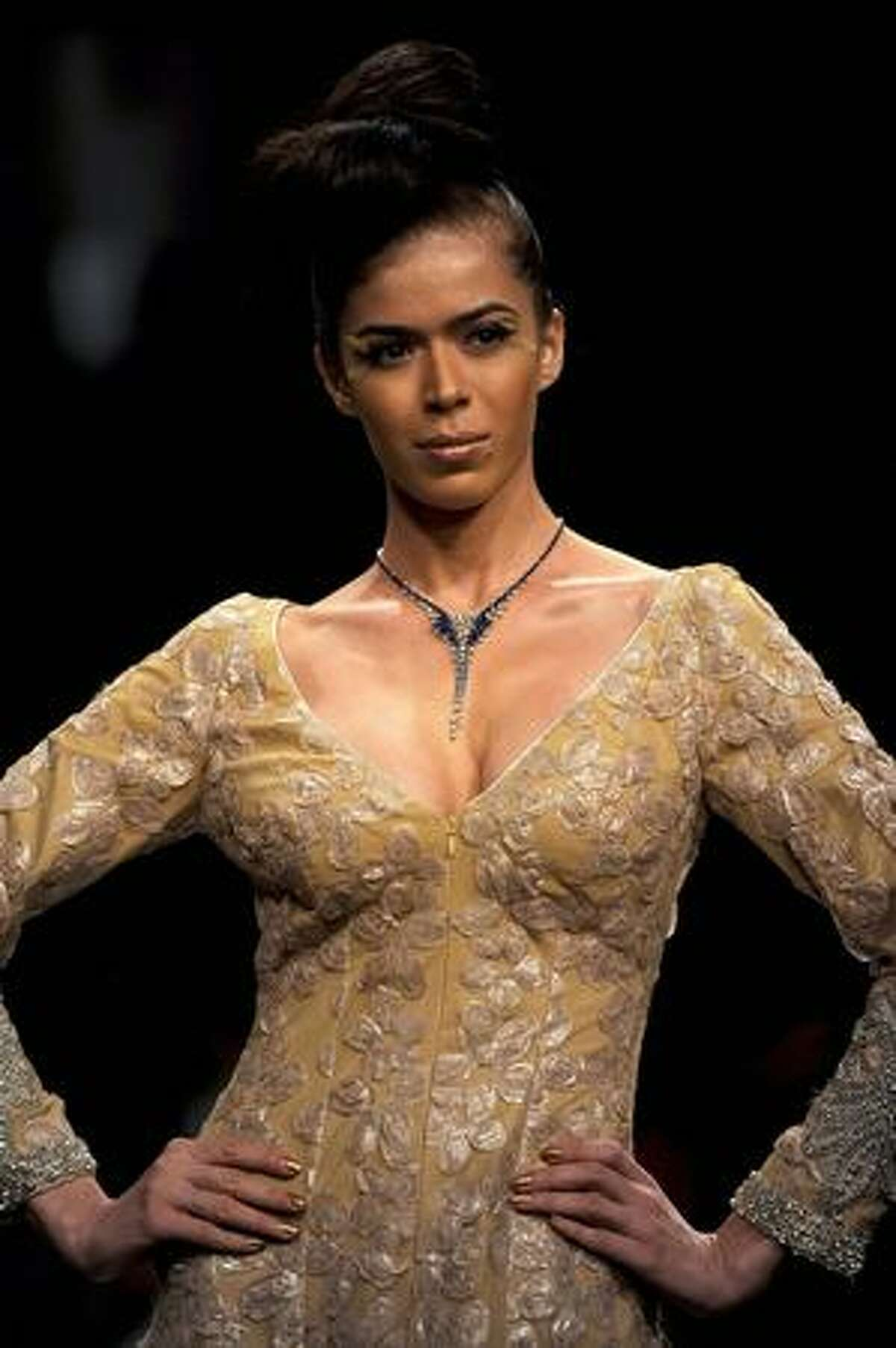 A model showcases a creation by designer Neeta Lulla on the first day of Lakme Fashion Week(LFW) 2009 in Mumbai.