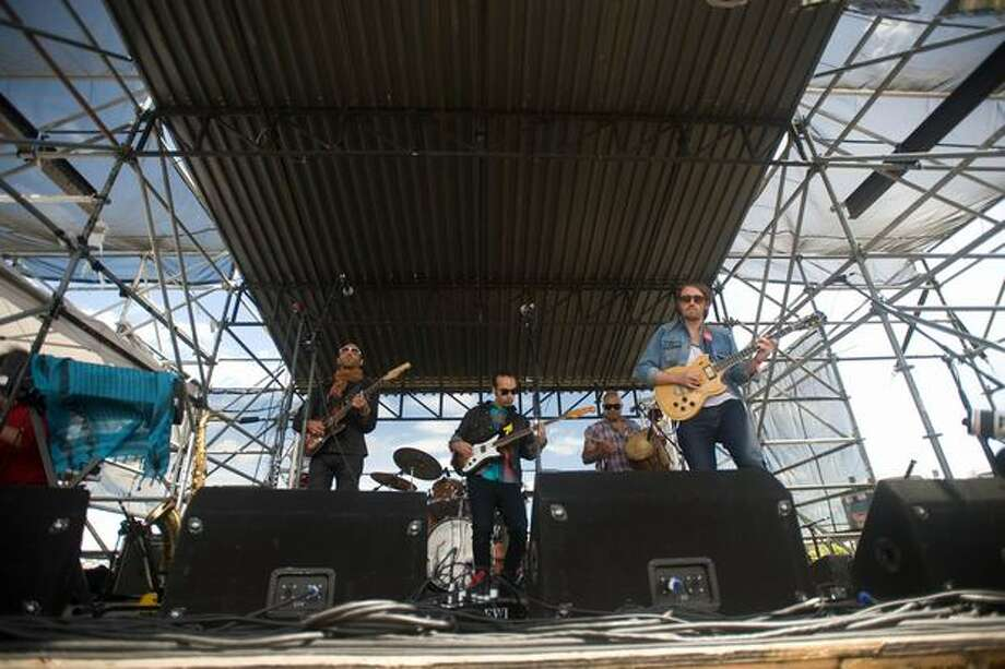 Fool's Gold performing at Sasquatch! Music Festival on Saturday. Photo: Chona Kasinger, Seattlepi.com