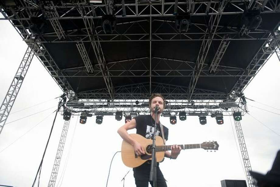 Tallest Man on Earth performing at the Gorge Amphitheatre at the Sasquatch! Music Festival on Sunday. Photo: Chona Kasinger, Seattlepi.com