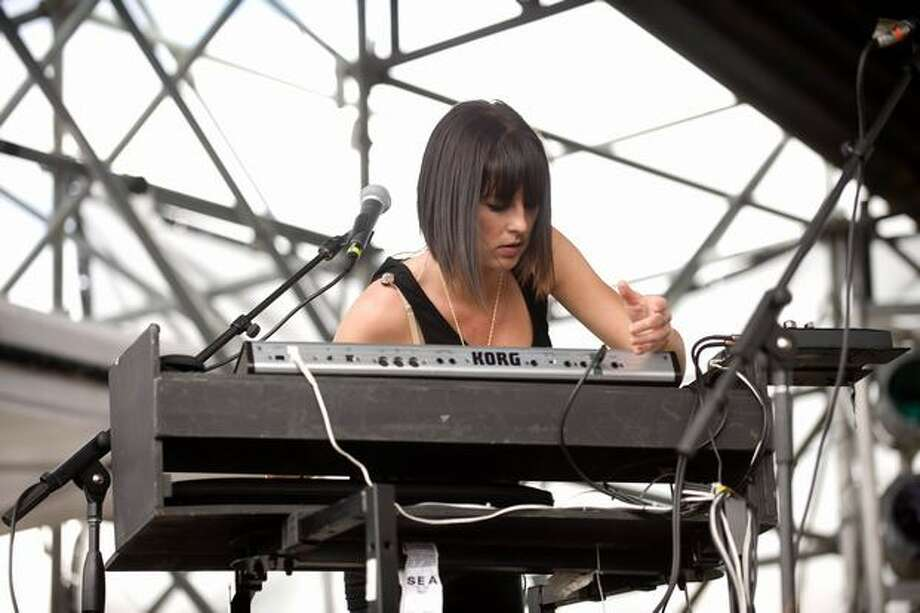 Phantogram performing at Sasquatch! Music Festival on Monday. Photo: Chona Kasinger, Seattlepi.com