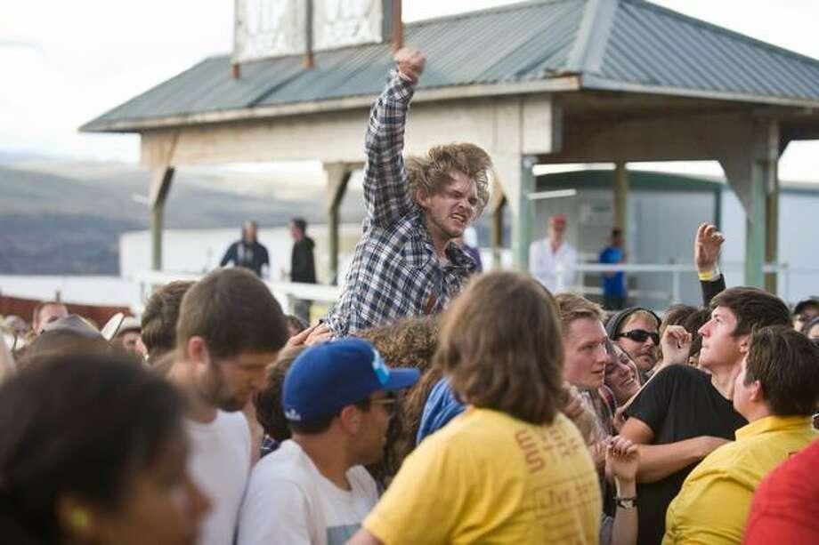 Fans of No Age at Sasquatch! Music Festival on Monday. Photo: Chona Kasinger, Seattlepi.com
