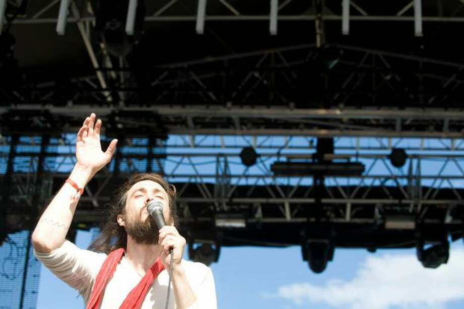 Edward Sharpe and the Magnetic Zeros performing at Sasquatch! Music Festival on Saturday. Photo: Chona Kasinger, Seattlepi.com