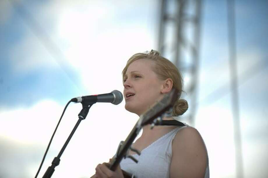 Laura Marling performs Saturday at the Sasquatch! Music Festival in George. Photo: Chona Kasinger, Seattlepi.com