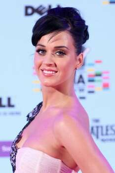 Katy Perry arrives for the 2009 MTV Europe Music Awards held at the O2 Arena in Berlin, Germany. Photo: Getty Images