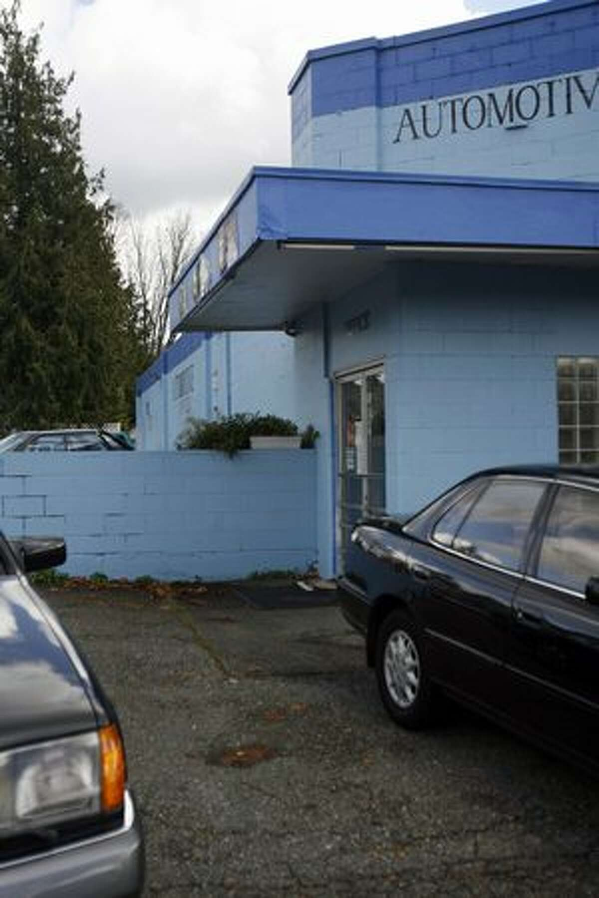 What was the Pinehurst IGA grocery store in 1968 is now J&M Automotive at 11552 15th Ave. N.E. in Seattle. The shop is shown on Nov. 11, 2009, the 41st anniversary of a fatal police shooting.