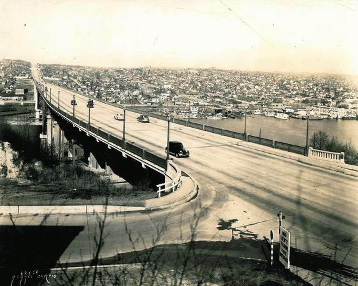 The Aurora Bridge on August 1, 1941.