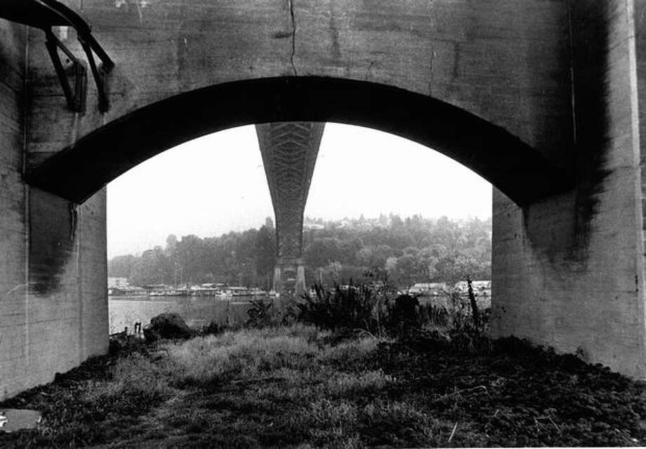 The Aurora Bridge on November 1, 1974. (Photo by Bob Miller/P-I) Photo: P-I File