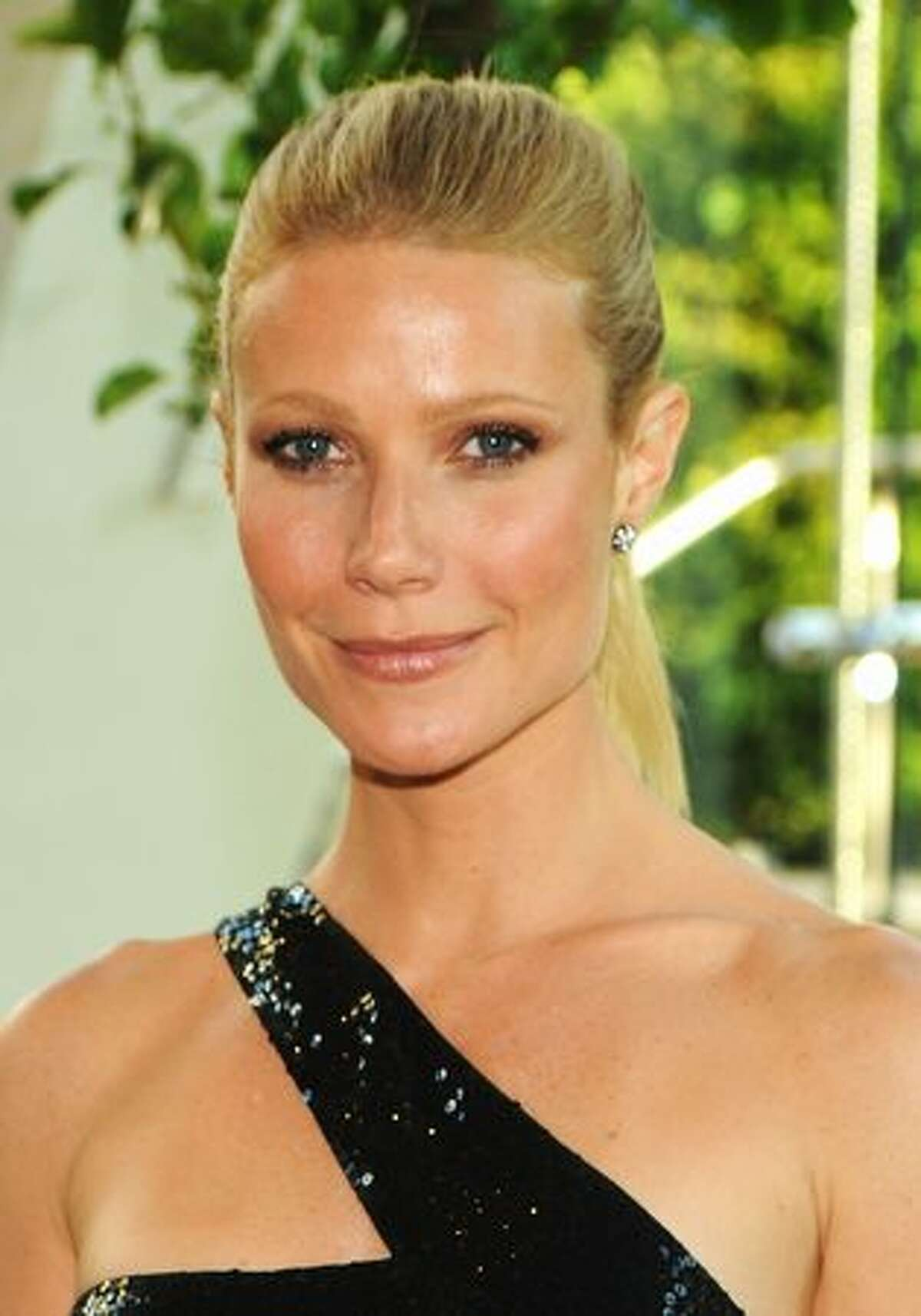 Actress Gwyneth Paltrow attends the 2010 Council of Fashion Designers of America Awards at Alice Tully Hall, Lincoln Center in New York on Monday, June 7, 2010.