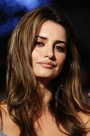 Actress Penelope Cruz attends the World Premiere of 'Nine.' Photo: Getty Images
