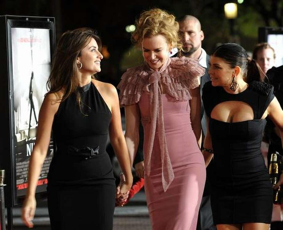"Actors Penelope Cruz, Nicole Kidman and Stacy ""Fergie"" Ferguson arrive. Photo: Getty Images"