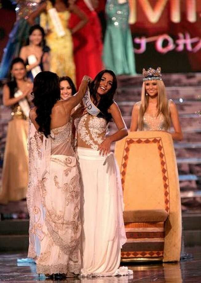 Miss Gibraltar Kaiane Aldorino is crowned Miss World 2009 at Gallagher Convention Center in Johannesburg, South Africa. Photo: Getty Images