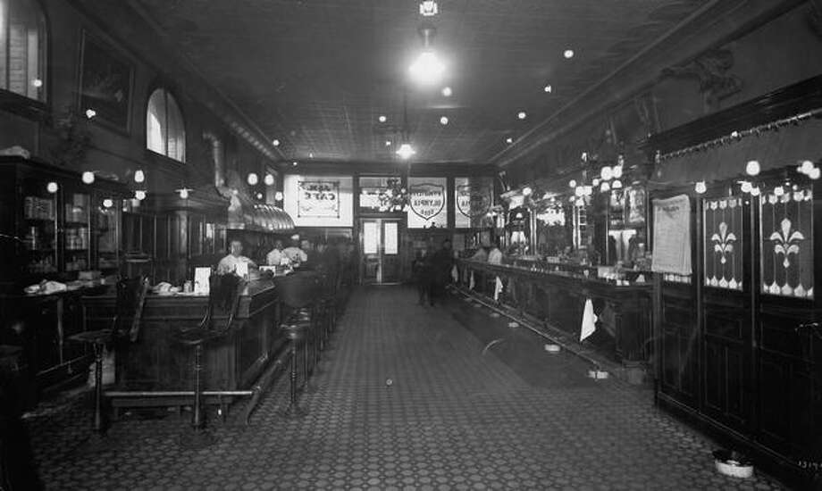 The J&M Cafe and Cardroom in Pioneer Square. Date unknown. Photo: P-I File