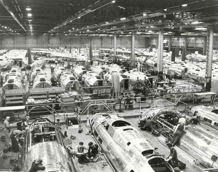 Boeing B-17 Flying Fortress assembly during World War II at Plant 2, in Seattle.