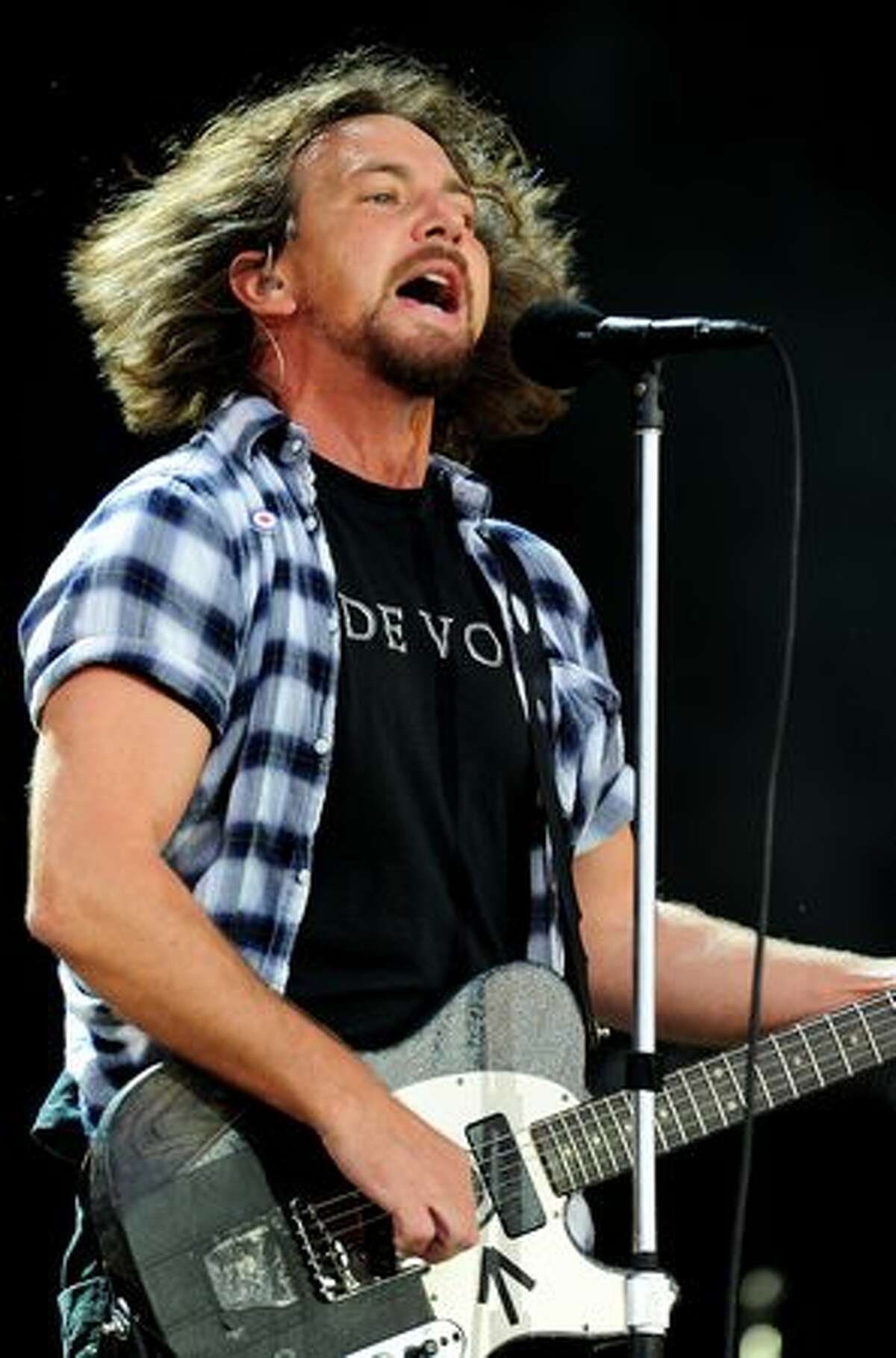Eddie Vedder of Pearl Jam performs during Day 1 of the Hard Rock Calling festival held in Hyde Park on June 25, 2010 in London, England.
