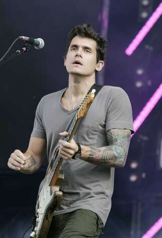 John Mayer performs at The Hard Rock Calling Festival on June 28, 2008 in London, England. Photo: Getty Images