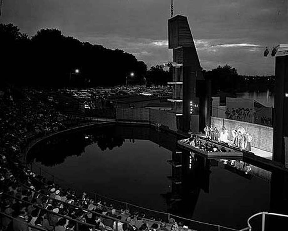 The Aqua Theatre at Green Lake during a 1967 production. (Seattlepi.com file/MOHAI) Photo: P-I File
