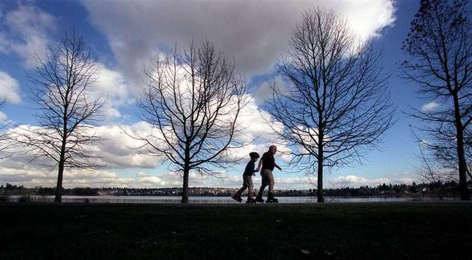 A picturesque scene at Green Lake, Feb. 20, 2002. (Grant M. Haller/Seattlepi.com file) Photo: P-I File