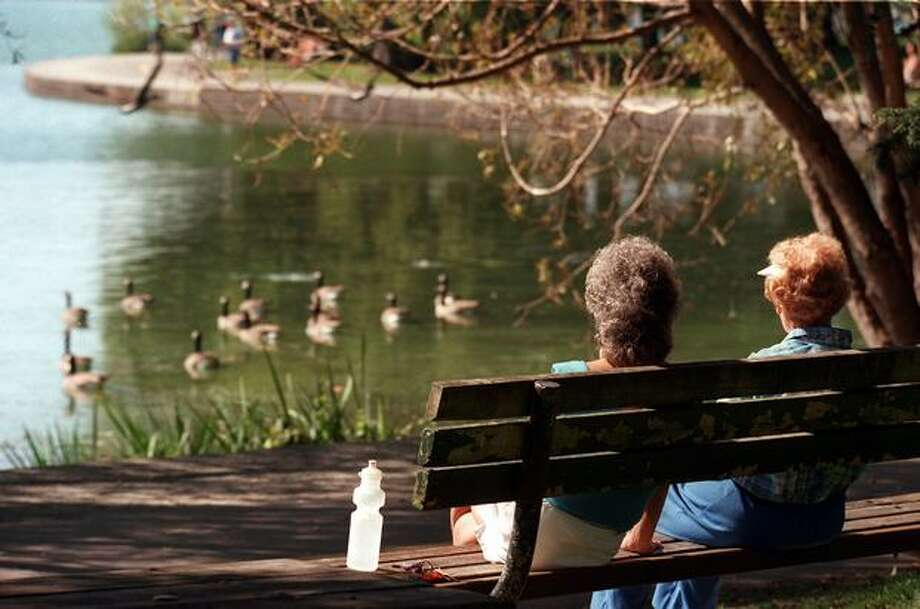 A Green Lake scene on a sunny September 1997 afternoon. Photo: P-I File