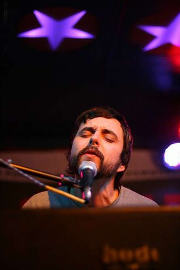 Caleb Quick of the Moondoggies performs at the Seattle Party. Photo: Mónica Guzmán, Seattlepi.com