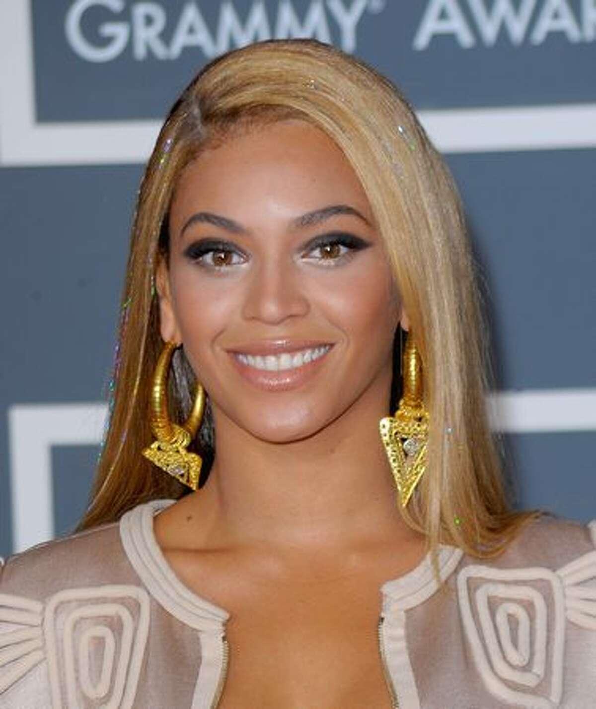 Singer Beyonce arrives.