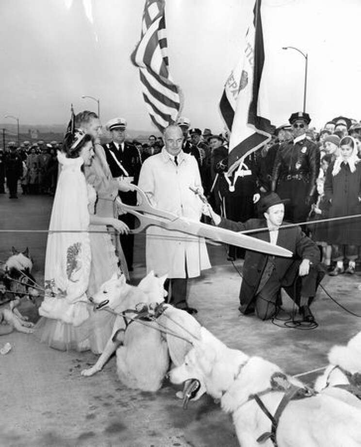 Opening ceremonies for a section of the Alaskan Way Viaduct, April 4, 1953. Photo: P-I File