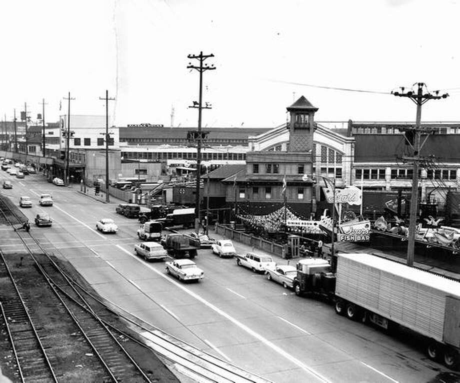Alaskan Way near the viaduct. Exact date unknown. Photo: P-I File
