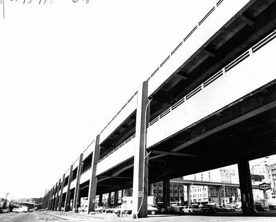 The July 27, 1977 photo caption read: Critics say the viaduct blocks waterfront development. Photo: P-I File