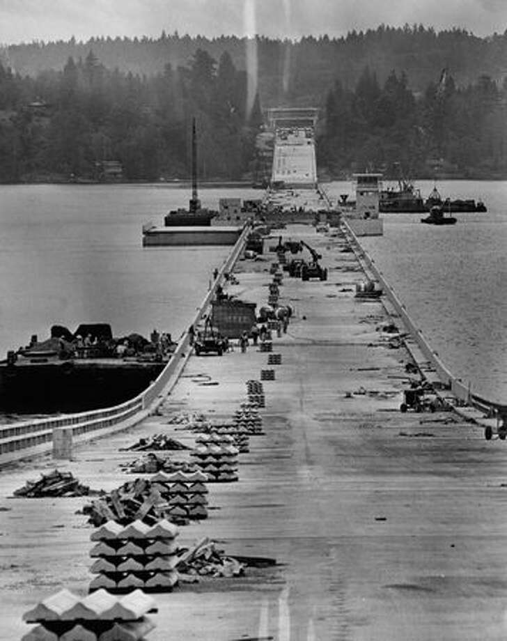 Construction of the 520 bridge, July 9, 1963. Photo: P-I File
