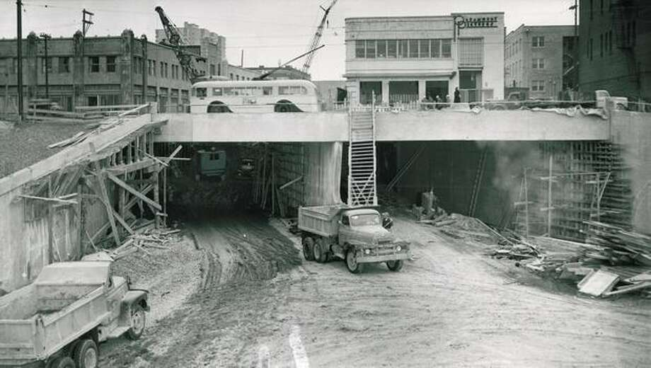 The Battery Street Tunnel under First Avenue North, March 10, 1953. Photo: P-I File