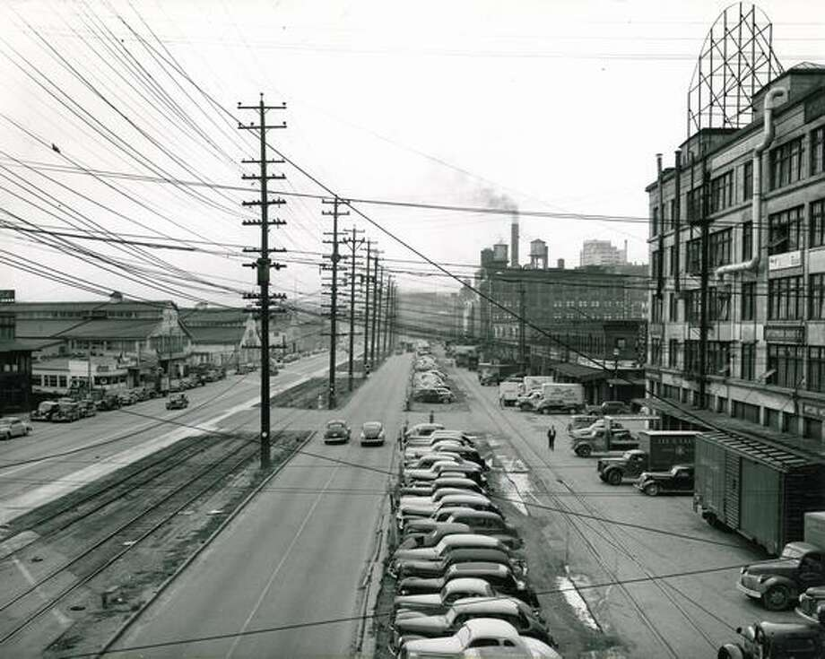 Alaskan Way, Aug. 19, 1948. Photo: P-I File
