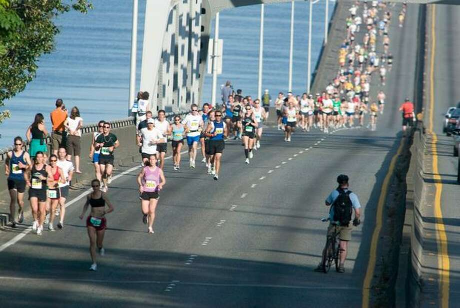 Runners in the Seafair Marathon, June 29, 2008.The race was was only the second time since 1984 that runners went across the 520 bridge. Photo: P-I File