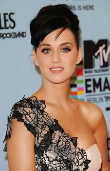 Singer and presenter Katy Perry arrives for the 2009 MTV Europe Music Awards. Photo: Getty Images