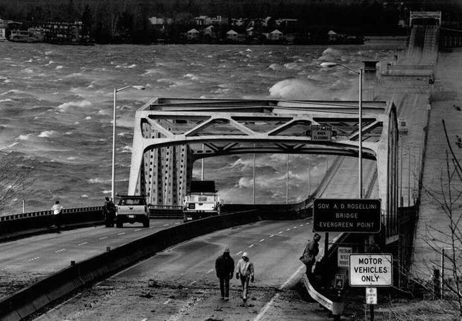 The 520 bridge, January 1993. Photo: P-I File