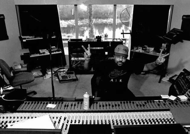 Rapper Sir Mix-A-Lot in his recording studio, Jan. 19, 1992. (Robert de Giulio/Seattlepi.com) Photo: P-I File