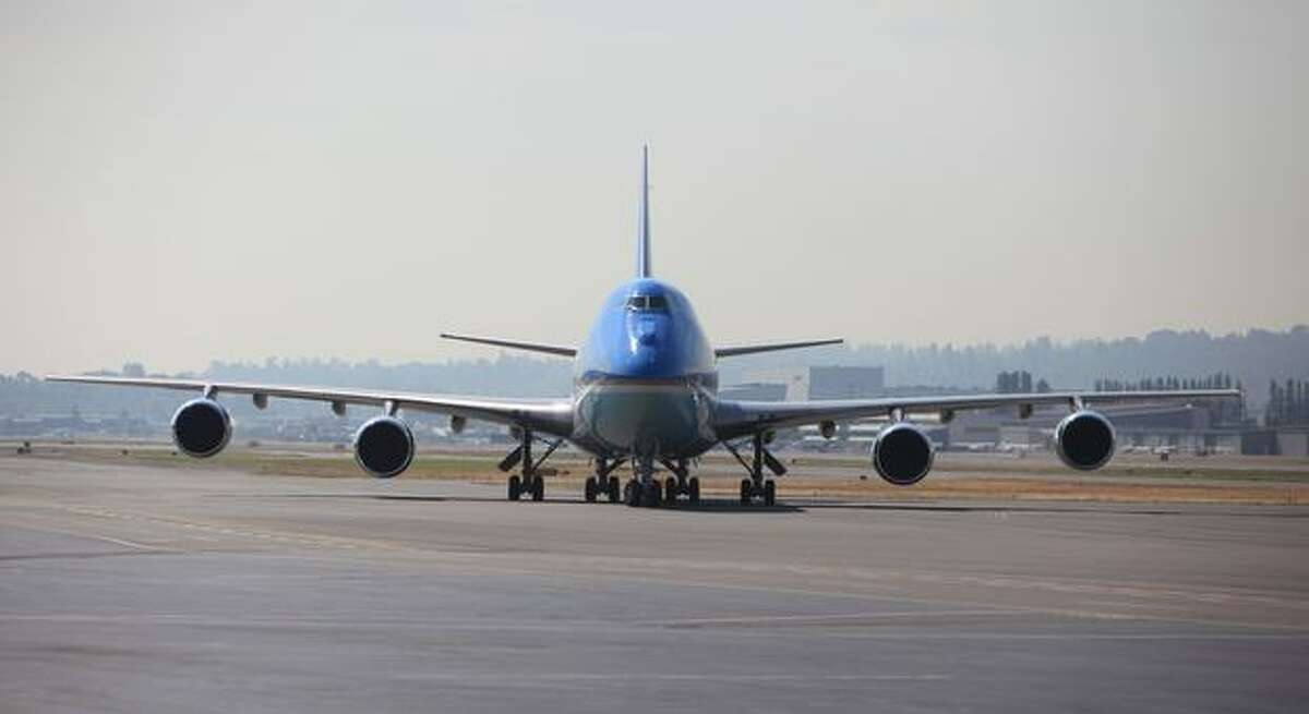 Air Force One taxis into position during a visit by U.S. President Barack Obama.
