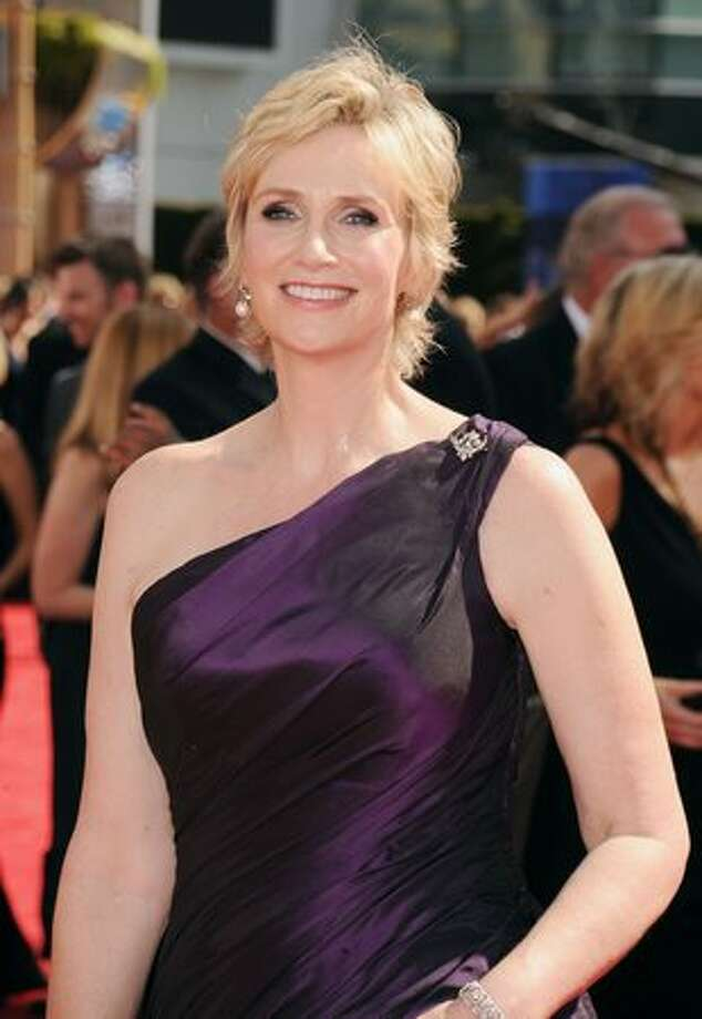 Actress Jane Lynch arrives. Photo: Getty Images