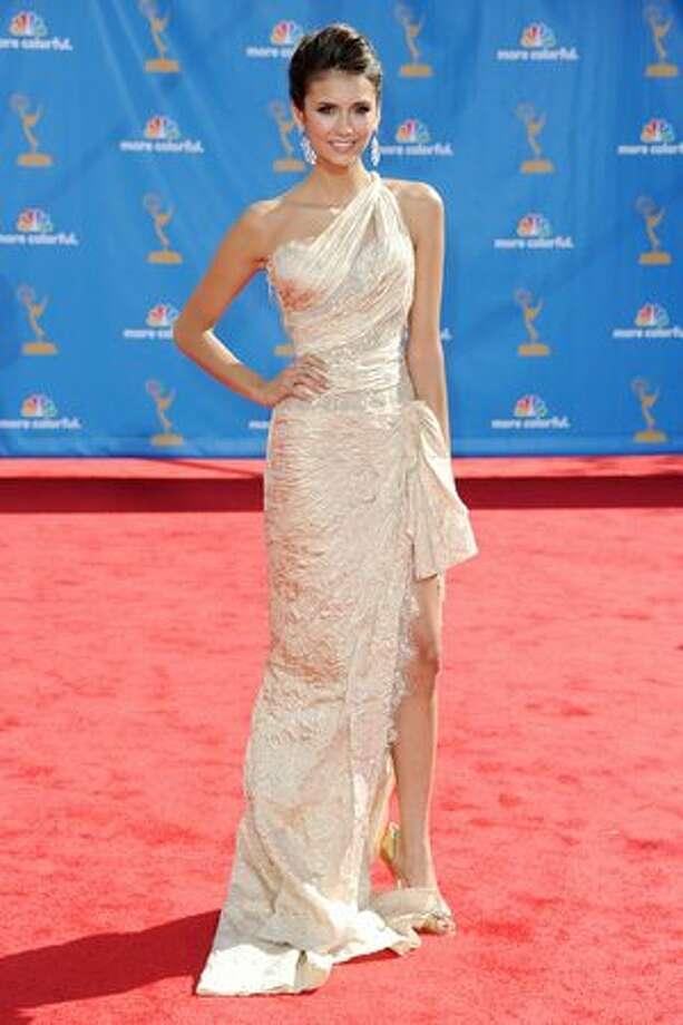 Actress Emmanuelle Chriqui arrives. Photo: Getty Images