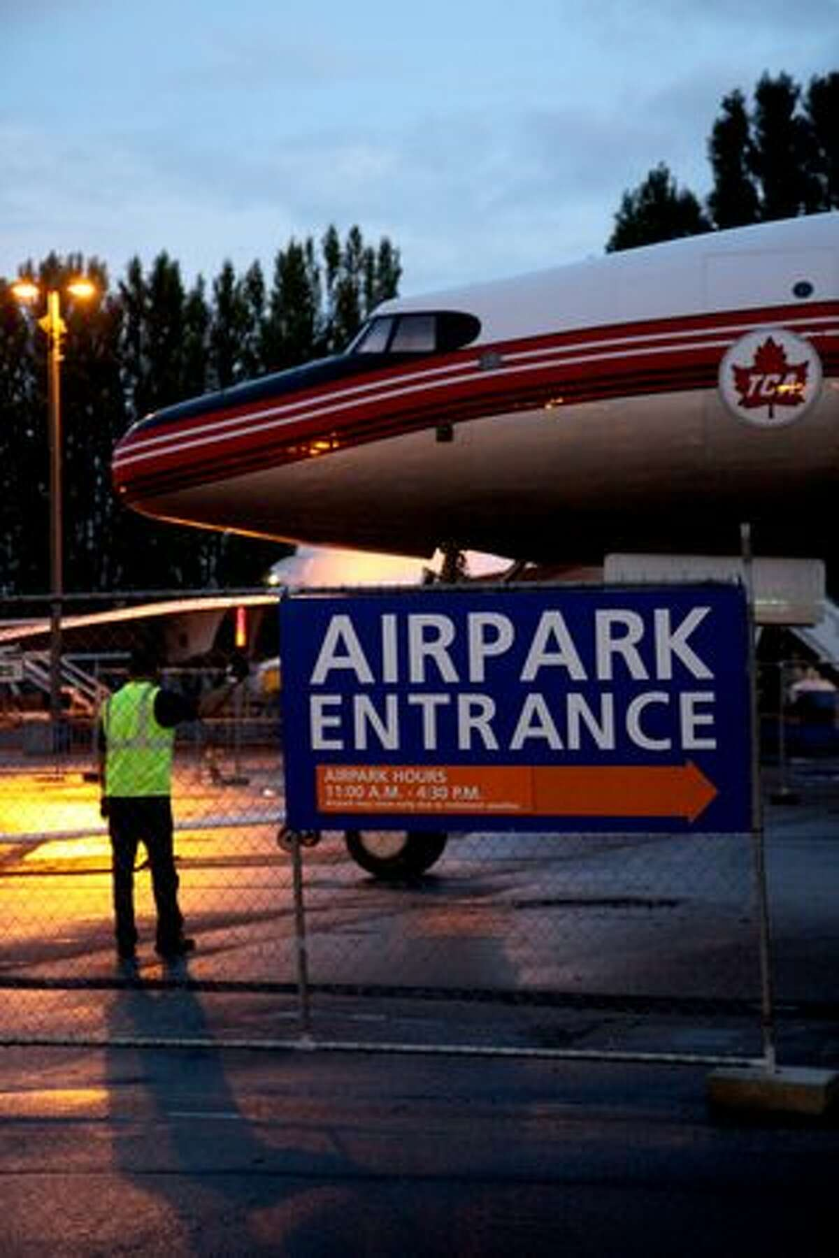 The Seattle Museum of Flight's Lockheed 1049G Super Constellation is towed into the museum's Airpark. (Ted Huetter/Museum of Flight)