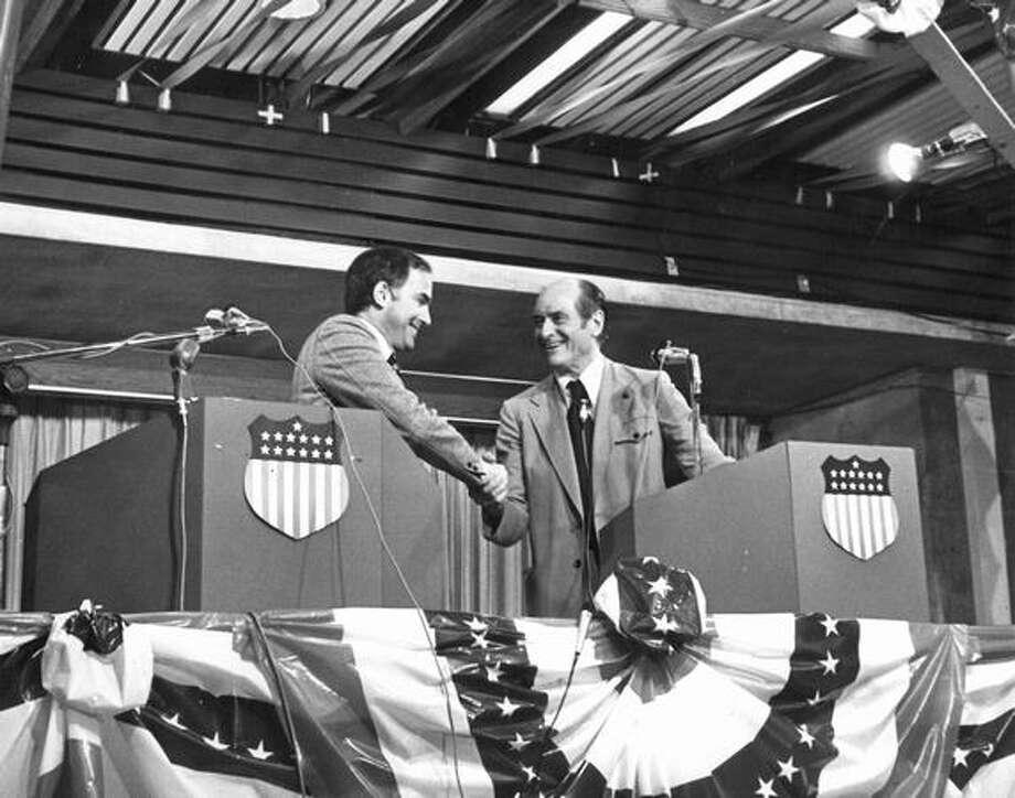 Gov. Al Rosellini shaking hands, Oct. 16, 1972. Photo: P-I File