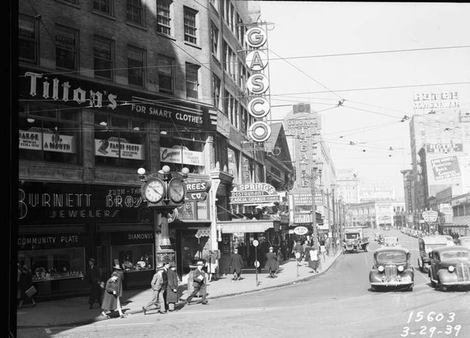 The Colonial Theatre, March 29, 1939. (Seattle Municipal Archives) Photo: P-I File