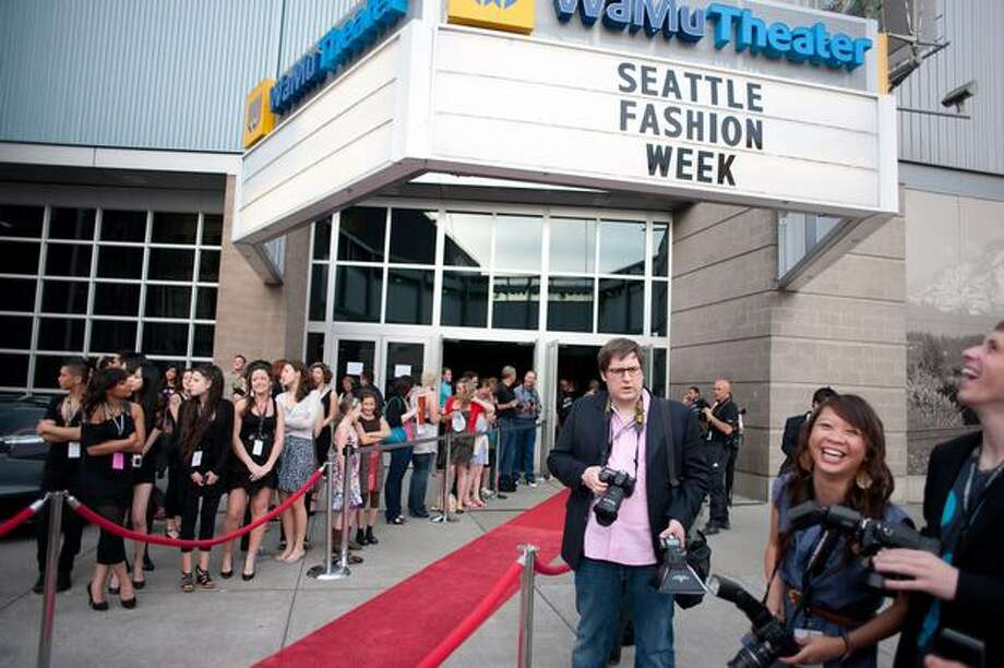Crowds wait outside of the WaMu Theater before Seattle Fashion Week's Established Show at the Qwest Event Center, May 15, 2010. Photo: P-I File