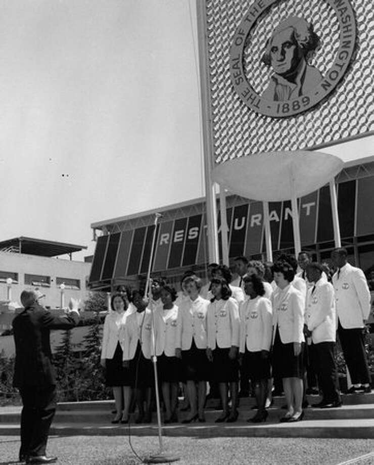 The Garfield High School Chorilers sang at Flag Day ceremonies at the World's Fair, June 15, 1962. Photo: P-I File